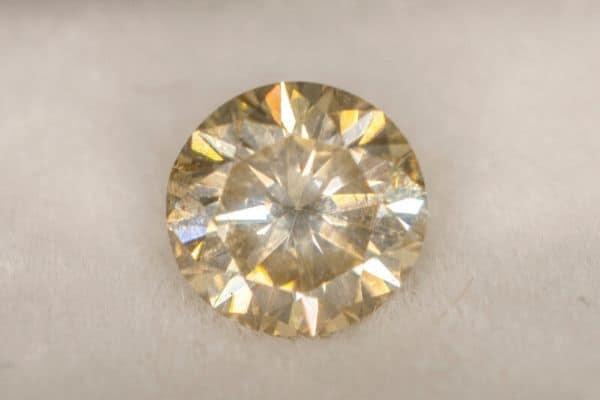moissanite diamond alternative ring