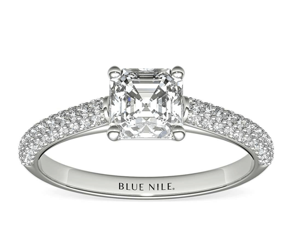 Micro-pavé Setting Engagement Ring